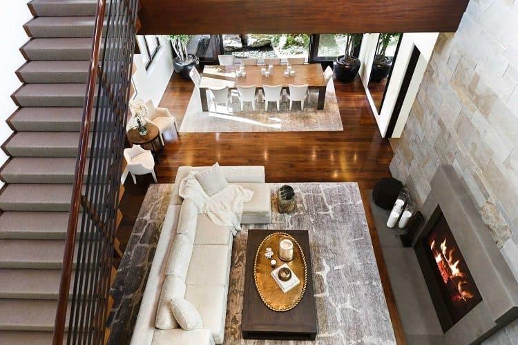 inside matt damon's house, living room and dining room